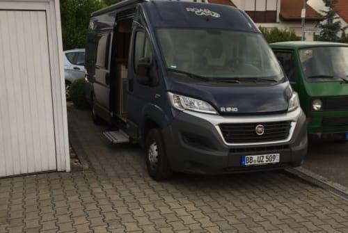 Hire a motorhome in Böblingen from private owners| Pössl Roadcar Pössl R 640