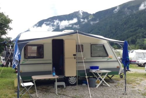 Hire a motorhome in Kiel from private owners| Delta  Strandbude