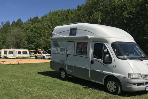 Hire a motorhome in Günzburg from private owners| Hymer Roadtrip I