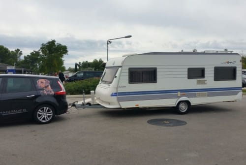 Hire a motorhome in Katzwinkel from private owners| Hobby Bolle