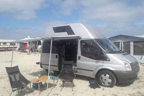 Hire a motorhome in Köln from private owners  Ford Kölscher Nugget