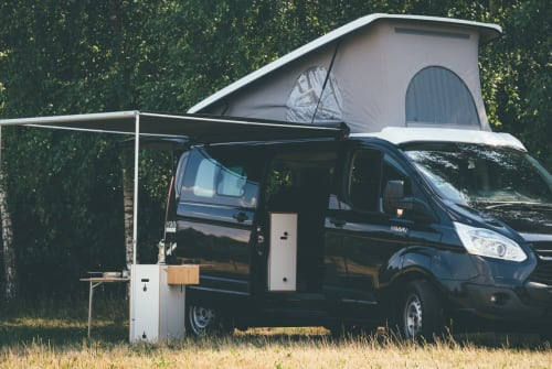 Hire a motorhome in Schöneiche bei Berlin from private owners| Ford Transit Custom  MOVOVAN CAMPER