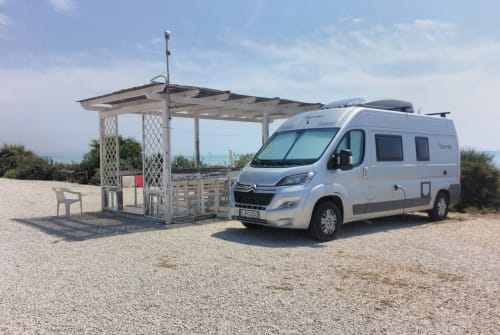 Hire a motorhome in Remseck am Neckar from private owners| Clever Celebration