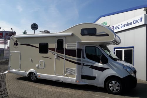 Hire a motorhome in Gründau from private owners| Renault Ahörnchen