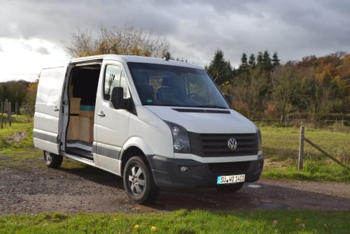 Hire a motorhome in München from private owners| Volkswagen Crafti