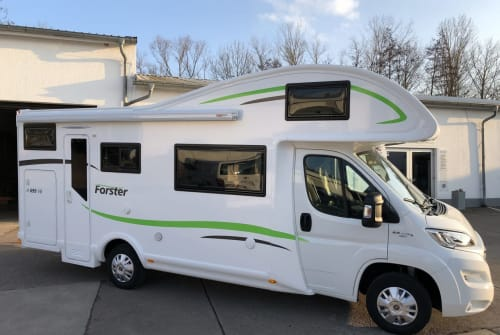 Hire a motorhome in Heilbad Heiligenstadt from private owners  Forster Forster A699VB