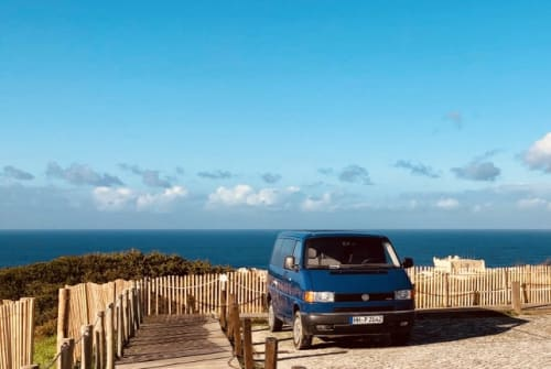 Hire a motorhome in Lissabon from private owners| Volkswagen Balu
