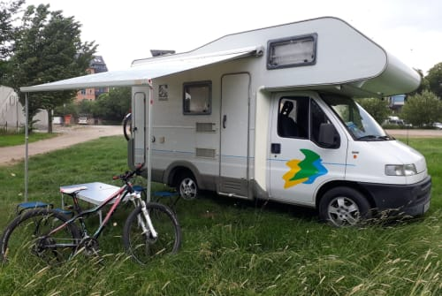 Hire a motorhome in Chemnitz from private owners| Fiat Ducato Alkoven Womo