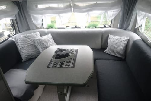 Hire a motorhome in Weissach from private owners| Knaus ★ DÖRTE ★