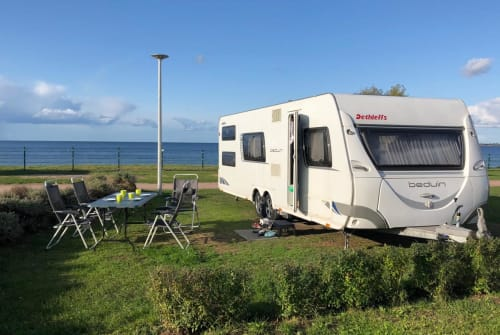 Hire a motorhome in Chemnitz from private owners| Dethleffs Dethleffs Beduin