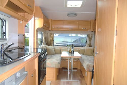 Hire a motorhome in Medebach from private owners| LMC  LMC 495 Aktiv