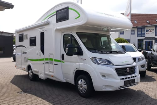 Hire a motorhome in Petersberg from private owners| Forster Family Förster NEU