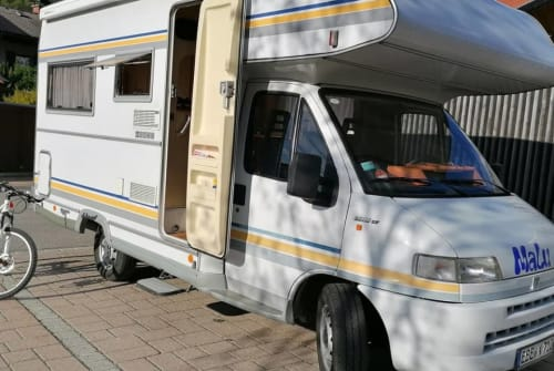 Hire a motorhome in Hohenlinden from private owners| Fiat Ducato MaLu