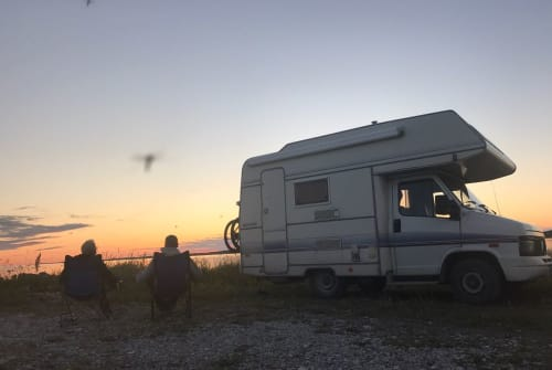 """Hire a motorhome in Harsewinkel from private owners