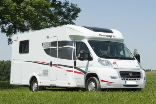Hire a motorhome in Wetzlar from private owners| Fiat Ducato Lukki