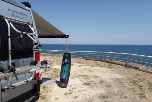 Hire a motorhome in Heidelberg from private owners| Karmann Henrys SurfBus