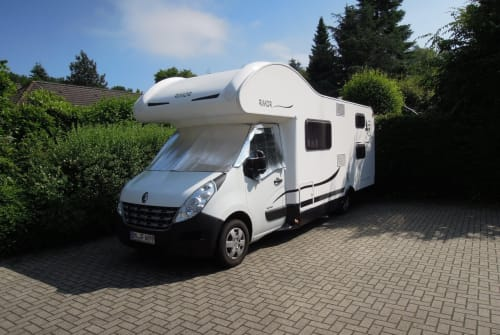 Hire a motorhome in Hürth from private owners  Rimor Trekki