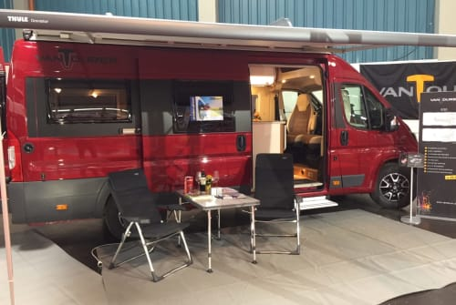 Hire a motorhome in Weißenhorn from private owners  Vantourer VT630_2019