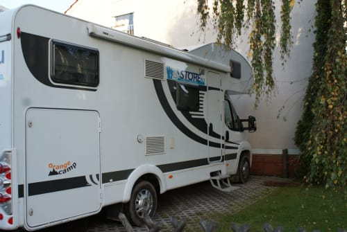 Hire a motorhome in Peine from private owners| Fiat Crosscamp