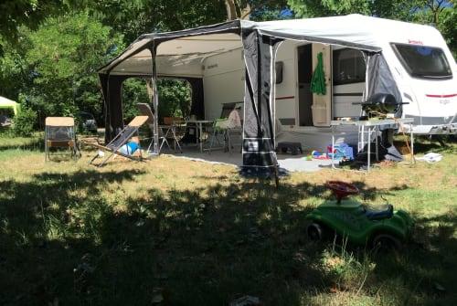 Hire a motorhome in Bad Vilbel from private owners| Dethleffs Dethleffs C'go