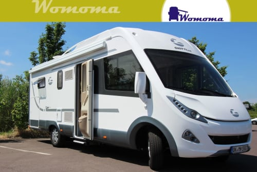 Hire a motorhome in Wolmirstedt from private owners| Giotti GLine 937