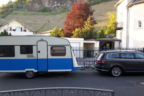 Hire a motorhome in Bad Honnef from private owners| Knaus Vintage Wohnwagen