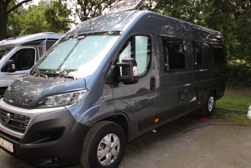 Hire a motorhome in Hambrücken from private owners  Sunlight Outlander