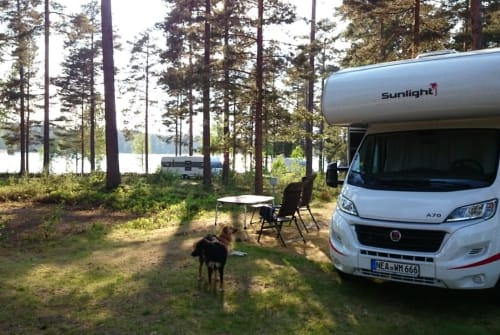 Hire a motorhome in Gerhardshofen from private owners  Sunlight Wolfsmobil....