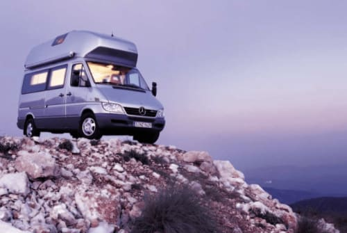 Hire a motorhome in Seeshaupt from private owners| Mercedes James
