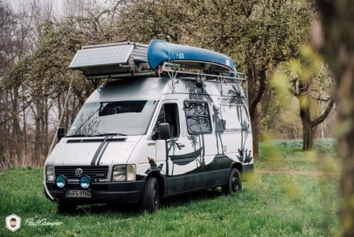 Hire a motorhome in Berlin from private owners| VW The Big Beast