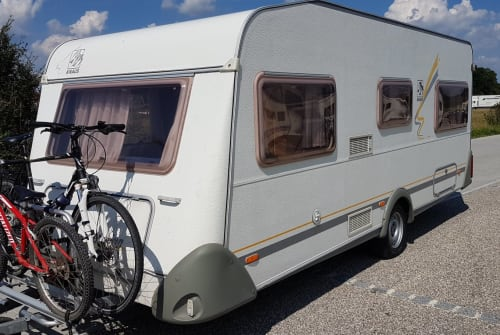 Hire a motorhome in Duisburg from private owners  Knaus Südburg