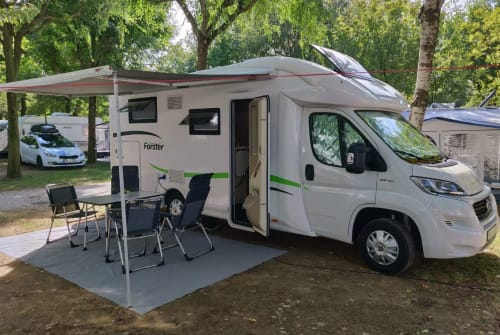 Hire a motorhome in Altenstadt from private owners  Forster  EMBA