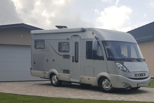 Hire a motorhome in Groß Kiesow from private owners  Hymer WoMo Charly
