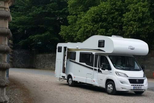 Hire a motorhome in Heidelberg from private owners| Carado Panda