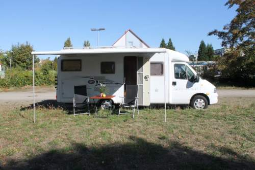 Hire a motorhome in Braunschweig from private owners| Dethleffs Blue Pearl