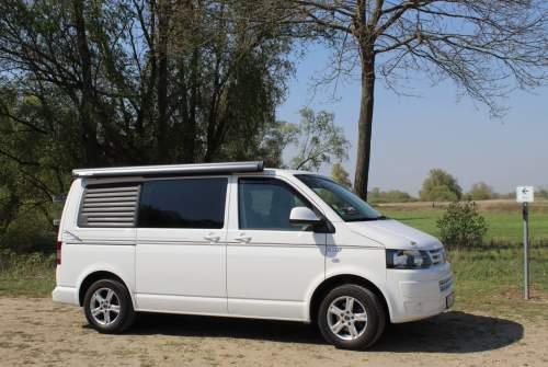 Hire a motorhome in Berlin from private owners| VW Rocky