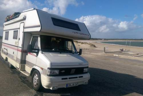 Hire a motorhome in Wegberg from private owners| LMC LMC Liberty