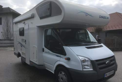 Hire a motorhome in Hörsching from private owners| Ford/Chausson CHARLSON
