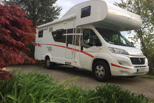 Hire a motorhome in Buch from private owners| Fiat Archimedes