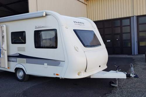 Hire a motorhome in Graz from private owners| Hobby 440SF Rose I