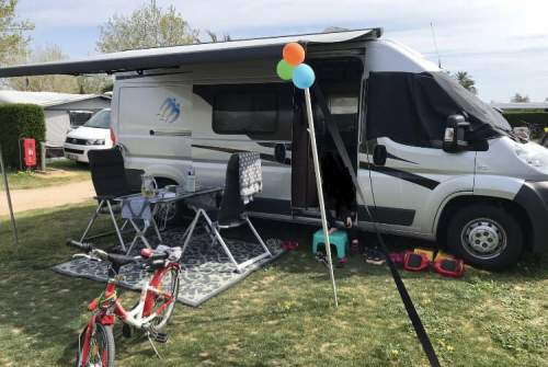 Hire a motorhome in Mönchengladbach from private owners| Knaus  Womo