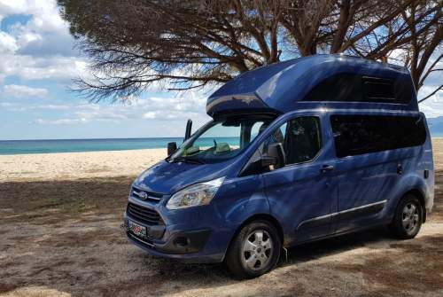 Hire a motorhome in Berlin from private owners| Ford Willi