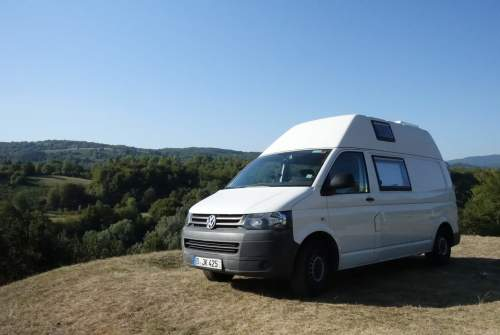 Hire a motorhome in Berlin from private owners| VW Die Weiße Rose
