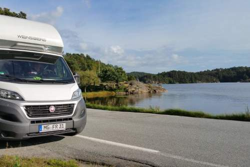 Hire a motorhome in Mönchengladbach from private owners| Weinsberg Enya