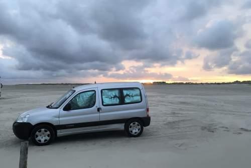 Hire a motorhome in Berlin from private owners| Citroen BerlinGo
