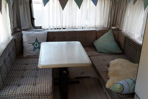 Hire a motorhome in Jüchen from private owners| Knaus Cara