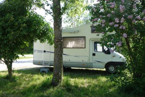 Hire a motorhome in Dresden from private owners| Fiat Ducato Hörnchen
