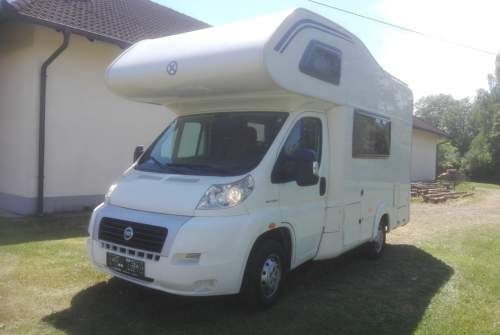 Hire a motorhome in Hörsching from private owners| LMC LIBERTY