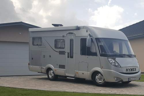Hire a motorhome in Groß Kiesow from private owners| Hymer WoMo Charly